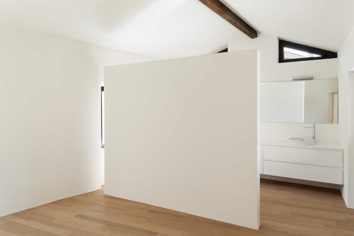 slaapkamer en badkamer op zolder